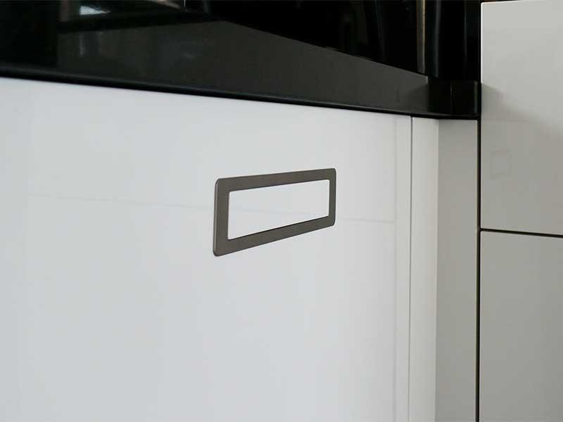 Zwart wit keuken   mijn keukens op maat laten maken