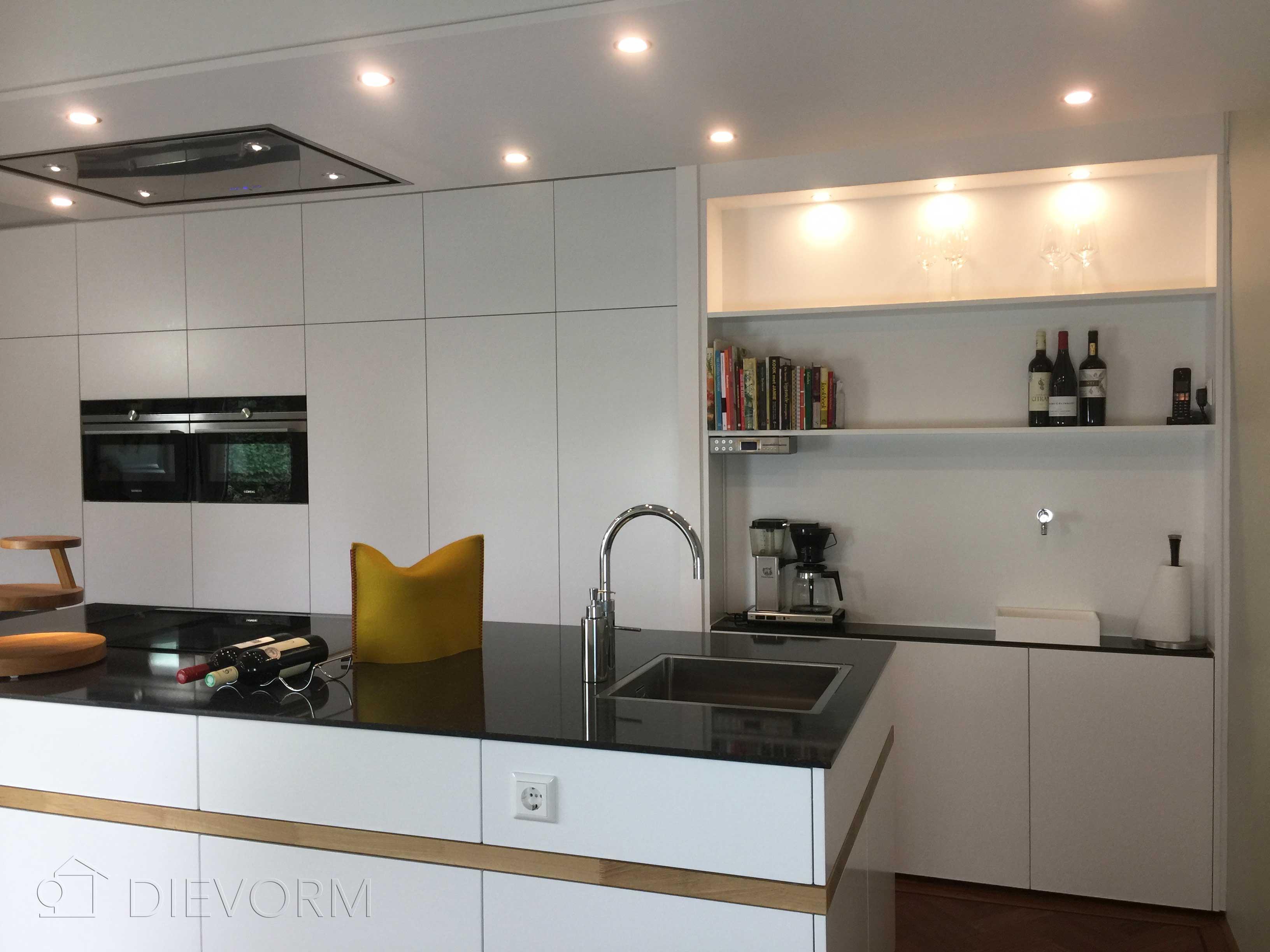 Landelijke keukens modern mijn keukens op maat laten maken - Tafel centraal eiland ...